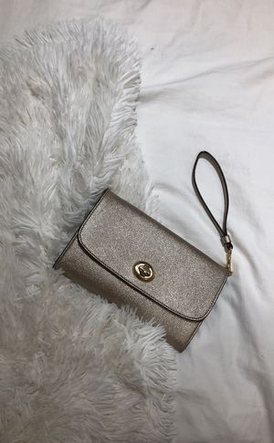 Coach - Leather Clutch for Sale in New York, NY