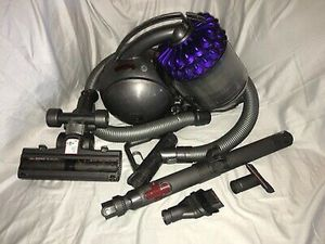 Dyson Cinetic Big Ball Canister Vacuum Cleaner for Sale in Tacoma, WA