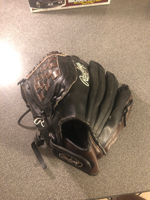 11' Rawlings baseball glove for Sale in Apple Valley, CA