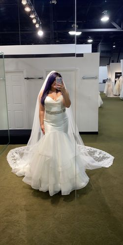 Ivory wedding dress for Sale in Pasadena,  TX