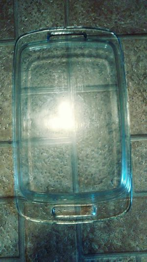 13x9 Pyrex clear baking dish for Sale in Coal Center, PA