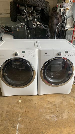 Electrolux washer n electric dryer set for Sale in Philadelphia, PA