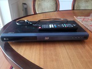 LG wifi smart 3D bluray blu-ray player for Sale in Centreville, VA