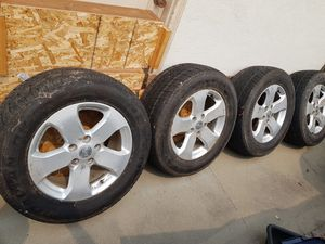 Wheels & Tires off Jeep Grand Cherokee 265/60R18 for Sale in Marina, CA