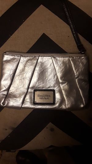 Vera wang simply vera hand bag for Sale in Centennial, CO