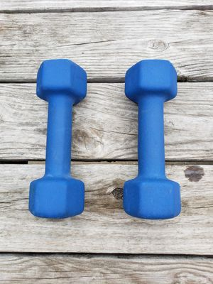 8 pound dumbbells for Sale in Ellicott City, MD