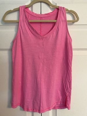 Hot pink tank top for Sale in Rutherford, NJ