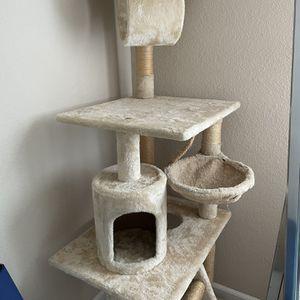 Cat Tree for Sale in Vallejo, CA