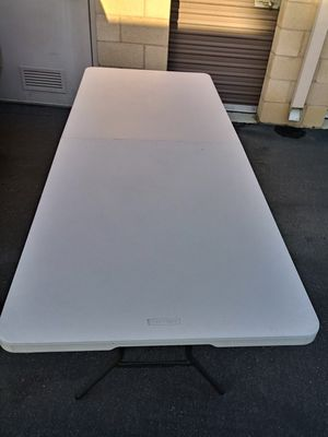 8 ft. Table. CHAMPAGNE COCKTAILS PARTY SUPPLIES RENTALS for Sale in Los Angeles, CA