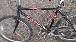 Trek 800 sport mountain trail bike for Sale in Montrose, CO