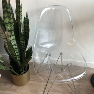 Modern Chair for Sale in Redmond, WA