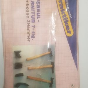 7pc Auto Body Repair Tool Kit for Sale in Northbrook, IL