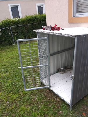 Dog kennel for Sale in Miami, FL