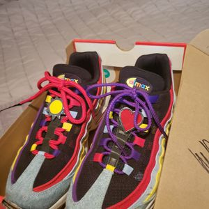 """AirMax (Limited Edition) """"Only Used Twice"""" for Sale in Miami, FL"""