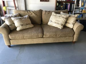 Like new sofa for Sale in Richland, WA