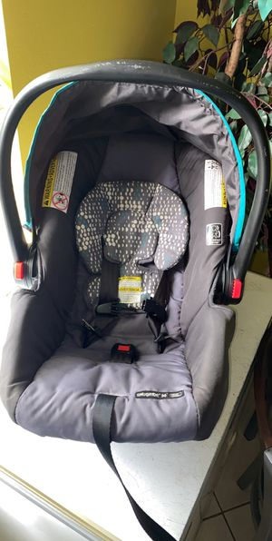 Baby Boy Car seat for Sale in Sebastian, FL