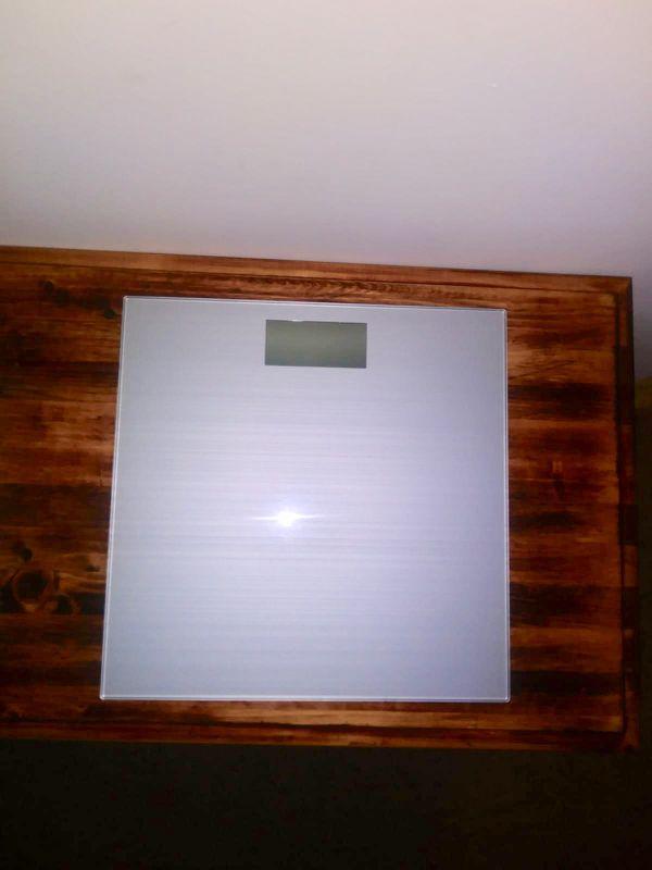 Scale Bathroom Glass