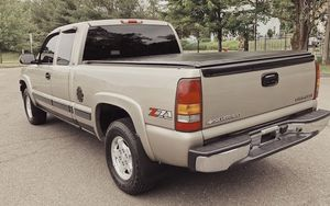 Interior Owner Great 2002 Chevrolet Silverado for Sale in Laredo, TX