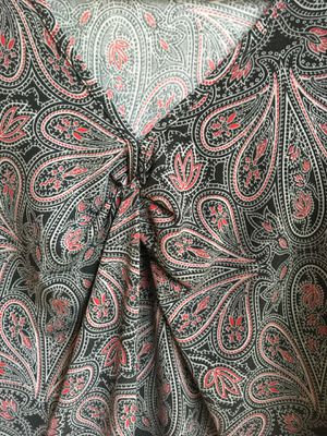 Women's Paisley Short Sleeve top / shirt / blouse size large for Sale in Federal Way, WA