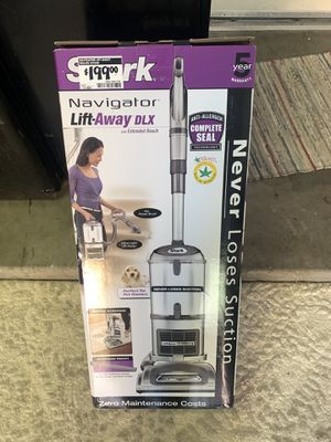 Shark navigator vacuum for Sale in Fort McDowell, AZ