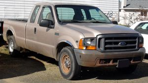 1999 Ford Super Duty F250 XL Supercab for Sale in Raymond, WA