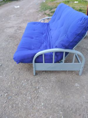 Futon bed for Sale in Columbus, OH