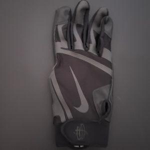 Nike right handed baseball batting glove for Sale in Woodbridge, VA