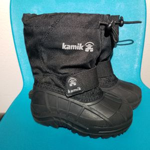 Toddler boy girl Kamik snow winter boots shoes size 8 size 8T for Sale in Gresham, OR