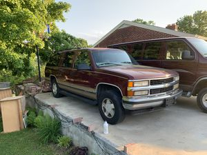1999 Chevrolet Suburban for Sale in Willow Street, PA