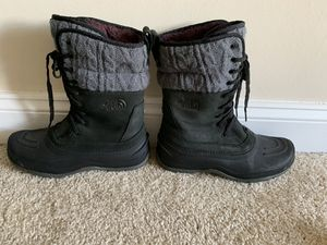 North Face women's snow boots for Sale in Bethesda, MD