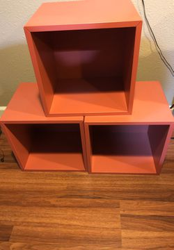 Small storage or book shelf for Sale in San Leandro,  CA