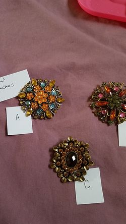 Beautiful brooches for Sale in Lehi,  UT