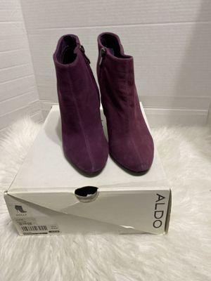 Aldo Women's Purple Dolly Suede Side Zip High Heel Ankle Boots Size 6.5 for Sale in Dearborn, MI