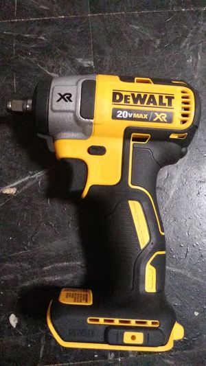 IMPACT DEWALT WRENCH 3/8 BRAND NEW for Sale in NEW CARROLLTN, MD