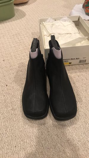 Naturalizer rain boots - Size 7 for Sale in Olney, MD