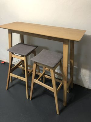 Kitchen dining table with 2 stools for Sale in Queens, NY