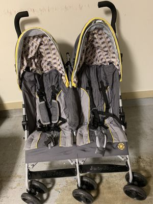 Double stroller $25 for Sale in Houston, TX