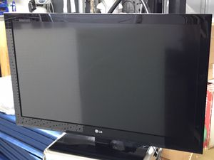 """42"""" LG TV in VG condition. for Sale in Maryville, TN"""