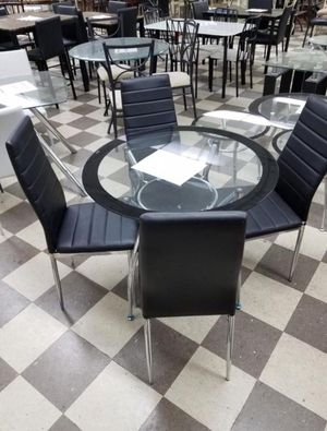 White Dining set 4 chairs . Brand NEW for Sale in Miami, FL