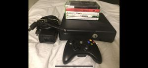 Xbox 360 Game and Controller Bundle for Sale in Mountlake Terrace, WA