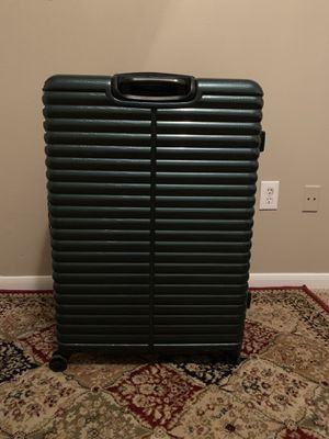 Excellent LIKE NEW travel baggage , large for Sale in Plano, TX