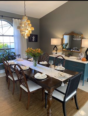 Dining room table with leaf for Sale in Oakland Park, FL