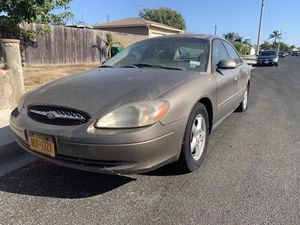 Ford Taurus Ses 2001 for Sale in Huntington Beach, CA