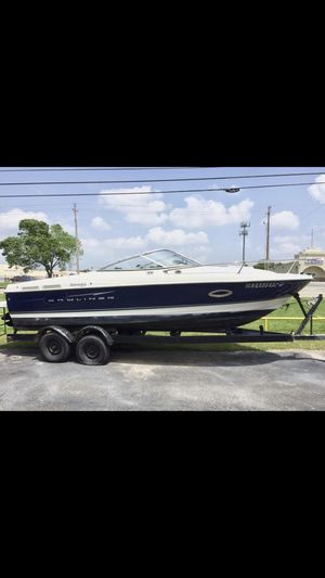 Bay liner Discovery Boat Cuddy Cabin for Sale in Derby, KS