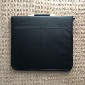 Artware Portfolio Case 19x17 for Sale in CA, US