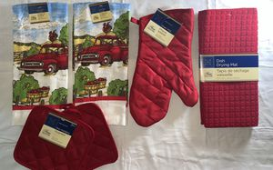 Red truck Kitchen hand towel, (6 pieces set) for Sale in Fitchburg, MA