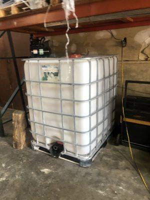 350 gallon tank for Sale in Houston, TX