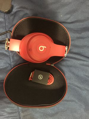 Beats studio 3 wireless for Sale in Miami, FL