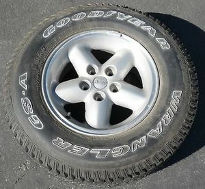NEW JEEP WRANGLER GOODYEAR GS-A 225/75/15 for Sale in Largo, FL