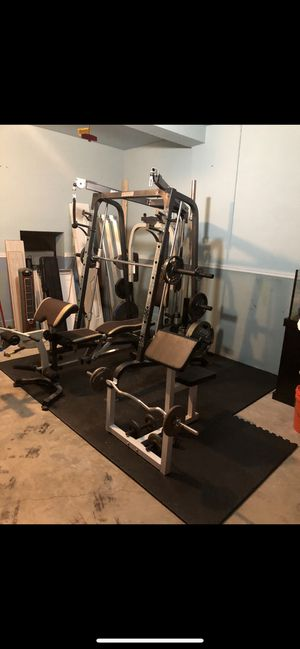 Marcy full gym set with plates bench workout for Sale in Miami, FL